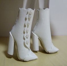 Fashion Doll Shoes: Another pair of ankle boots