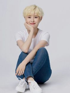 Yebin - DIA Yebin Dia, Portrait Art, Pop Music, Kpop Girls, Hair Inspiration, Style Me, Idol, Wattpad, Profile