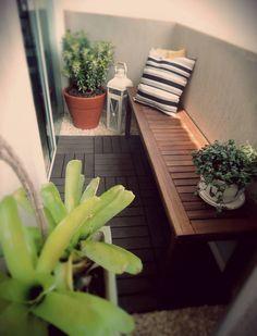 varanda decoração barata deck de madeira plástica Diy Varanda, Patios, Garden S, Apartment Balconies, My House, Condo, Pergola, Interior Design, Plants