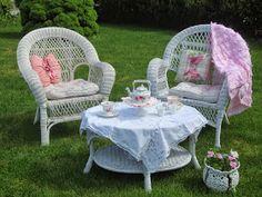 Karen's Cottage and Castle: A Windy Tea