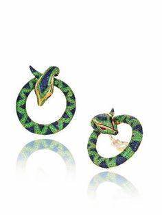 Chopard snake earrings 約525萬元