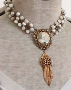 My favourite pearls - vintage assemblage necklace with portrait penda…