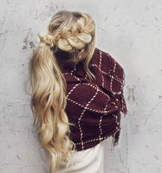 Pull Through Braid - 101 Braids That Will Save Your Bad Hair Day - Livingly Ponytail Hairstyles Tutorial, Ponytail Tutorial, Updo Hairstyle, Hairstyle Ideas, Hairstyles Haircuts, Braided Hairstyles, Cool Hairstyles, Beautiful Hairstyles, Braided Updo