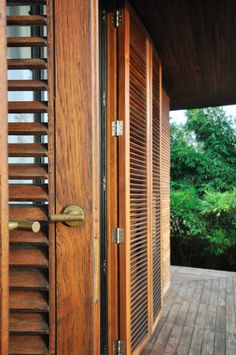 Retreat in the South-Indian Countryside by Mancini | HomeDSGN