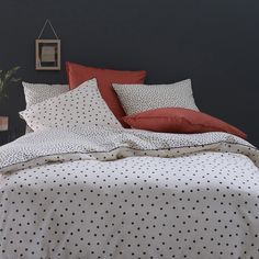 Lison Washed Cotton Duvet Cover La Redoute Interieurs We love the timeless spotty print of this Lison duvet cover, made from pure washed cotton for a super-soft finish.More washed cotton, Duvet Bedding, Linen Bedding, Bed Linens, Ikea, Zara Home, Master Suite, Master Bedroom, Washed Linen Duvet Cover, Polka Dot Bedding