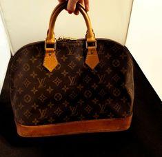 13896da1d Authentic Louis Vuitton Alma Bag LV Monogram Handbag Purse pre-owned  #luxurybags #LouisVuitton