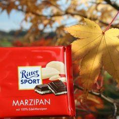 Mit #RITTERSPORTMarzipan den goldenen Herbst genießen. Nicht nur farblich ein klasse Team. :-)