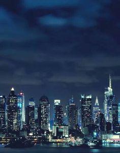 New York by night via Bobi Doc