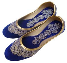 Handmade Royal Blue Velvet Zari Work Mojari Women Flats khussa shoe