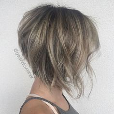 Hair Tapered Inverted Bob Haircut Used Wedding ceremony Clothes In the event you occur to seek out y Bob Wedding Hairstyles, Inverted Bob Hairstyles, Bob Hairstyles For Fine Hair, Medium Bob Hairstyles, Short Bob Haircuts, Braided Hairstyles, Graduated Bob Haircuts, Haircut Medium, Mom Hairstyles
