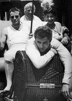 "jamesdeandaily: ""James Dean visits Marlon Brando on the set of ""Desiree"", "" Hollywood Stars, Classic Hollywood, Old Hollywood, Charlie Chaplin, Steve Jobs, East Of Eden, Photo Vintage, Vintage Art, Marilyn Monroe"
