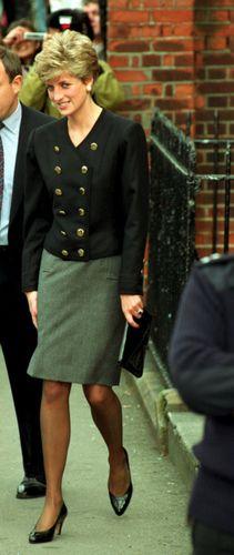 Princess Diana Fashion, Princess Diana Family, Royal Princess, Princess Charlotte, Princess Of Wales, Lady Diana Spencer, Glamour, Diana Williams, Day To Night Dresses
