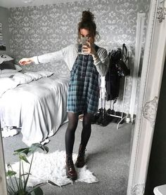14 luxurious & unique outfits for this fall season fashion and outfit trends Grunge Outfits Fall Fashion luxurious outfit Outfits season Trends Unique Komplette Outfits, Unique Outfits, Fall Outfits, Vintage Outfits, Casual Outfits, Fashion Outfits, Cute Grunge Outfits, Grunge Winter Outfits, October Outfits