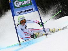Anna Fenninger is a Autrian skier. She is one of my favorites skiers because she is very dynamic when she ski.