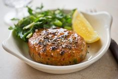 These salmon patties are made flavorful with fresh bell peppers, scallions and lemon zest. Salmon Recipes, Seafood Recipes, Fresh Salmon Patties, Butter Salmon, Easy Summer Meals, Salmon Cakes, Easy Delicious Recipes, Easy Recipes, Cooking Salmon