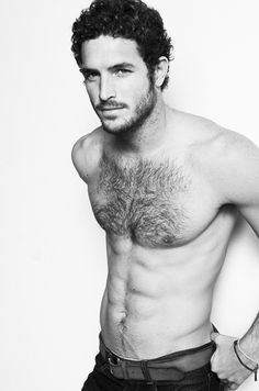 Sexy curly-haired model Justice Joslin has some mighty-fine abs. It's also nice to see a bit of chest hair on these hot shirtless guys for a change! Hairy Hunks, Hairy Men, Bearded Men, Men Beard, Hot Men, Justice Joslin, Raining Men, Hairy Chest, Shirtless Men