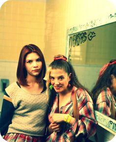 Angela Chase (aka Claire Danes) and Rayanne Graff in the cult 90s TV drama 'My So-Called Life'.