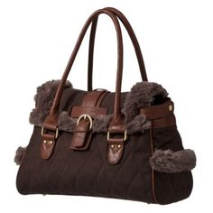 this bag reminds me of a little teddy bear :)