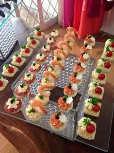 Appetizers For Party Party Snacks Appetizer Recipes Salad Recipes Snack Recipes Grazing Tables Party Trays Party Finger Foods Game Day Food Chef Knows Best catering Appetizer table- Sandwiches, roll ups, Wings, veggies, frui Party Finger Foods, Finger Food Appetizers, Snacks Für Party, Appetizer Buffet, Appetizer Recipes, Vegetarian Canapes, Food Garnishes, Food Platters, Food Displays