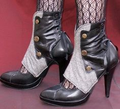 steampunk cuff heels and they are amazing Steampunk Spats, Mode Steampunk, Steampunk Costume, Steampunk Clothing, Steampunk Fashion, Shoe Wardrobe, Military Fashion, Just In Case, Shoe Boots