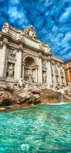 No trip to Rome is complete without a visit to the Fontana di Trevi, or Trevi Fountain. Rome Travel, Italy Travel, Trevi Fountain Rome, Roman Fountain, Places Around The World, Around The Worlds, Beauty Dish, Visit Rome, Places To Travel