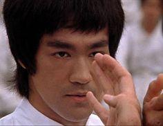 Bruce Lee e a arte de lutar sem lutar