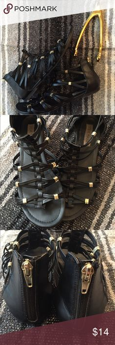 Steve Madden black gladiator sandals size 8 Black leather  Comfortable  Zips in back Gold beads  Normal used wear Note last photo for front scuff and misc wear Please ask questions before buying :) Steve Madden Shoes Sandals