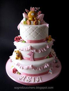 ForeverFriends teddy bear cake, via Flickr.