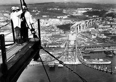 Imagens raras da construção da Ponte Sobre o Tejo