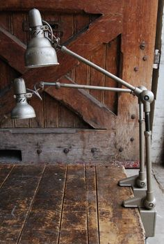 Love these vintage industrial clamp-on desk lamps. Industrial Interiors, Industrial Living, Industrial Chic, Industrial Furniture, Industrial Lamps, Interior Design Inspiration, Decor Interior Design, Clamp On Desk Lamp, Vintage Stil