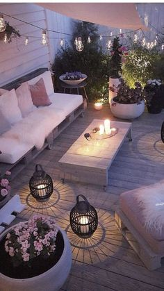 Outdoor Rooms Add Living Space - Outdoor Lighting - Ideas of Outdoor Lighting - What a difference good lighting makes! Outdoor Rooms Add Living Space - Outdoor Lighting - Ideas of Outdoor Lighting - What a difference good lighting makes! Backyard Patio, Backyard Landscaping, Landscaping Ideas, Diy Patio, Backyard Ideas, Pavers Ideas, Backyard Hammock, Florida Landscaping, Backyard Ponds