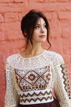 Ethnic Fashion, Look Fashion, Womens Fashion, Fashion Design, Bohemian Mode, Boho, Ethno Style, Embroidered Clothes, Russian Fashion