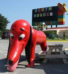 8) Best Roadside Attraction: The Weiner Dog #EsuranceDreamRoadTrip