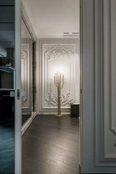 Modern floor lamps to make a living room design shine like no other. Chandelier In Living Room, Modern Bedroom Design, Luxury Decor, Best Interior Design, Mid Century Lamp, Contemporary Floor Lamps, Luxury Interior, Luxury Lamps, Luxury Lighting