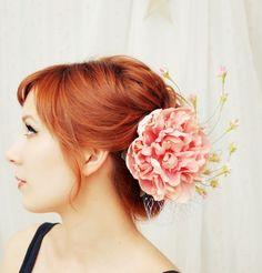DIY Pink-peony-hair-accessory