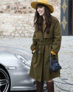 her style 😍😍😭 Turkish Beauty, Turkish Fashion, Hijab Fashion, Fashion Outfits, Womens Fashion, Cherry Season, Turkish Actors, Casual Fall, Her Style