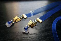Heart Locket Necklace, Fashion Accessories, Hair Accessories, Japanese Hairstyle, Fashion Design Sketches, Fantasy Jewelry, Hanfu, China Fashion, Hair Jewelry