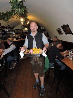 #schärdingunddu #bratlinderrein #schärding #schärdingeraktiwirte Do Your Thing, Food And Drinks