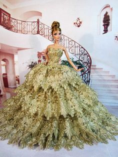 Golden Evening Dress Outfit Gown Silkstone Barbie Fashion Royalty Limited FR