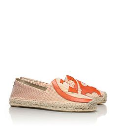 {espadrilles}  Nothing screams out more comfort and spring than these shoes. A new way to do casual