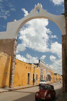 Izamal, Mexico yellow houses 1hour from merida