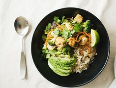 One day I will have the nerve to cook tofu. I want it to turn out like the tofu at Vietnam Kitchen. Healthy Food Blogs, Whole Food Recipes, Healthy Recipes, Healthy Meals, Diet Recipes, Clean Eating, Healthy Eating, Eating Well, Think Food