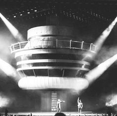 "5,574 Likes, 9 Comments - Drake Official Fansite (@wordonrd) on Instagram: ""No Complaints #ovofest @brychong"""