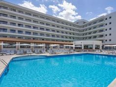 Set right in the centre of the touristic area of Can Picafort, BQ Can Picafort Hotel is just 200 metres from a white sandy beach, where you can swim in...