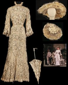 The ivory lace outfit worn by Mary Astor, who played Judy Garland's mother, in the final scene of 'Meet Me in St. Louis' (1944)