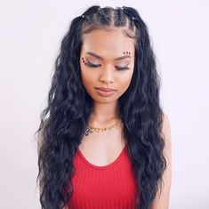Achieve this gorgeous hairstyle with natural virgin curly clip-in hair extensions from Perfect Locks. Achieve this gorgeous hairstyle with natural virgin curly clip-in hair extensions from Perfect Locks. Baddie Hairstyles, Curly Bob Hairstyles, Easy Hairstyles, Medium Hairstyles, Hairstyles Videos, Hairstyles With Curled Hair, Short Haircuts, Hair Extension Hairstyles, Braids For Curly Hair