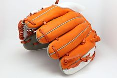 Capire Glove is a premium custom glove maker. We offer 18 colors and gloves for all positions. Create your glove today! Espn Baseball, Marlins Baseball, Baseball Helmet, Chicago Cubs Baseball, Baseball Socks, Tigers Baseball, Baseball Field, Baseball Bats, Baseball Score Keeping