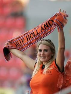 As the Dutch National Soccer Team qualifies as first team for the finals in the World Cup, a sixty year old soccer doodle becomes world famous. Hot Football Fans, Football Girls, Soccer Fans, Soccer World, Steven Gerrard, World Cup 2014, Fifa World Cup, Premier League, Nfl