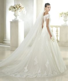 Style * SOPHIE * » Wedding Dresses » Costura 2015 Collection » by San Patrick (back)