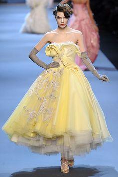 Spring 2011 Haute Couture